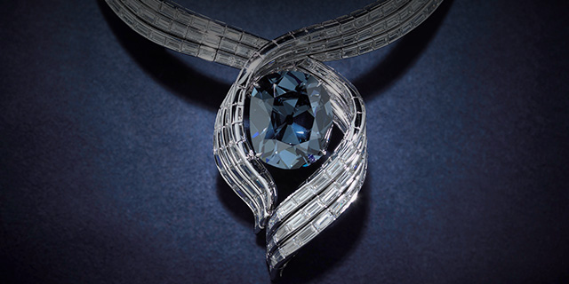 Hope-Diamond-necklace